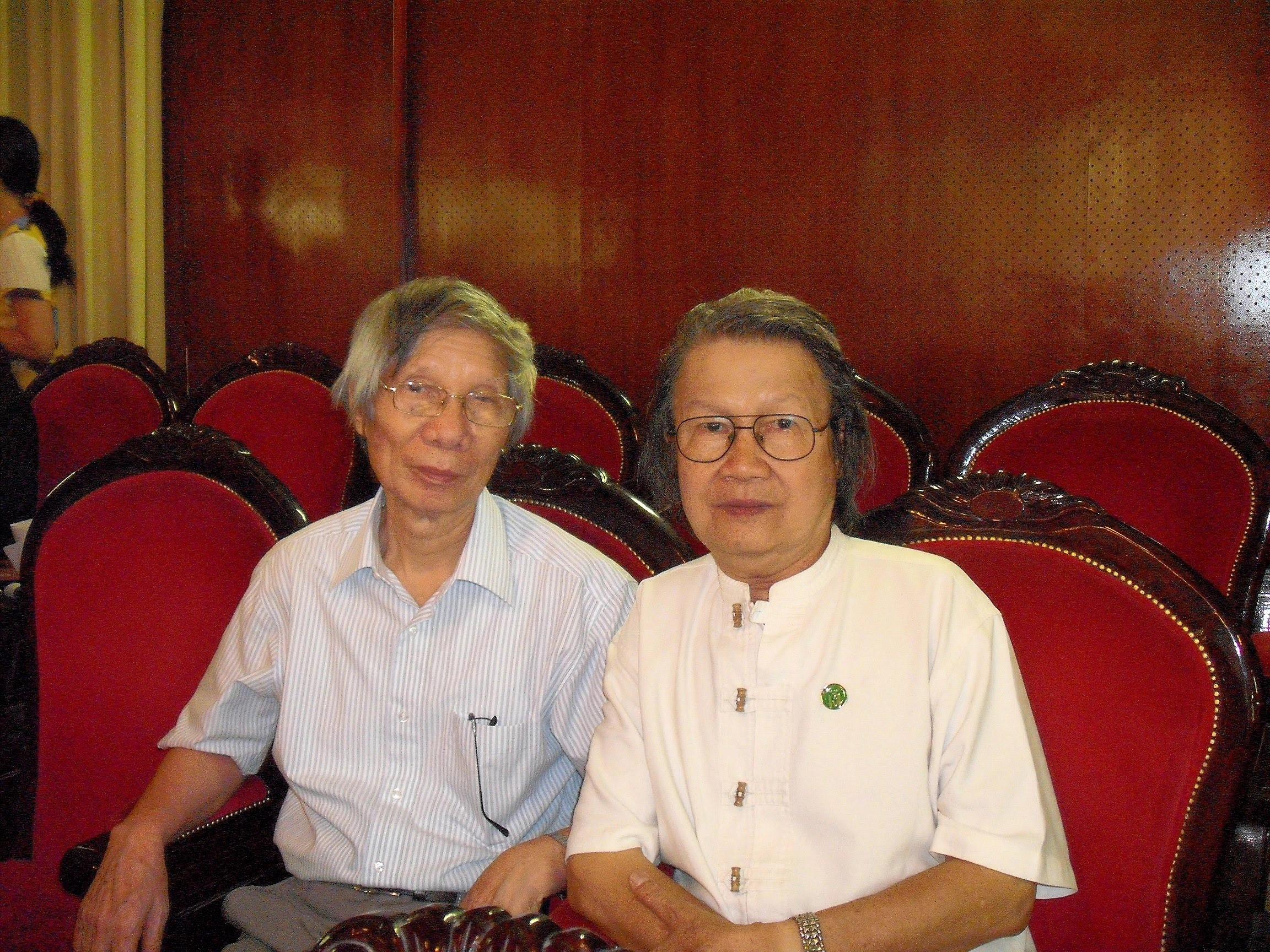 Cùng nhà văn Hoàng Quốc Hải, 2010