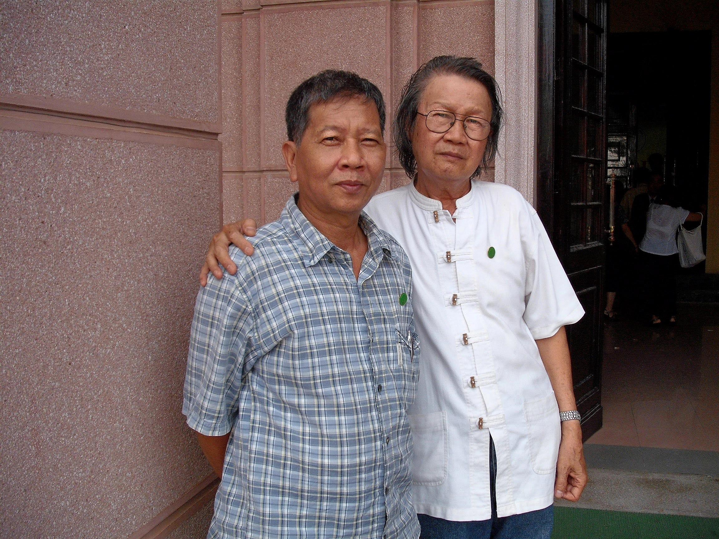 Cùng nhà văn Nguyễn Huy Thiệp, 2010
