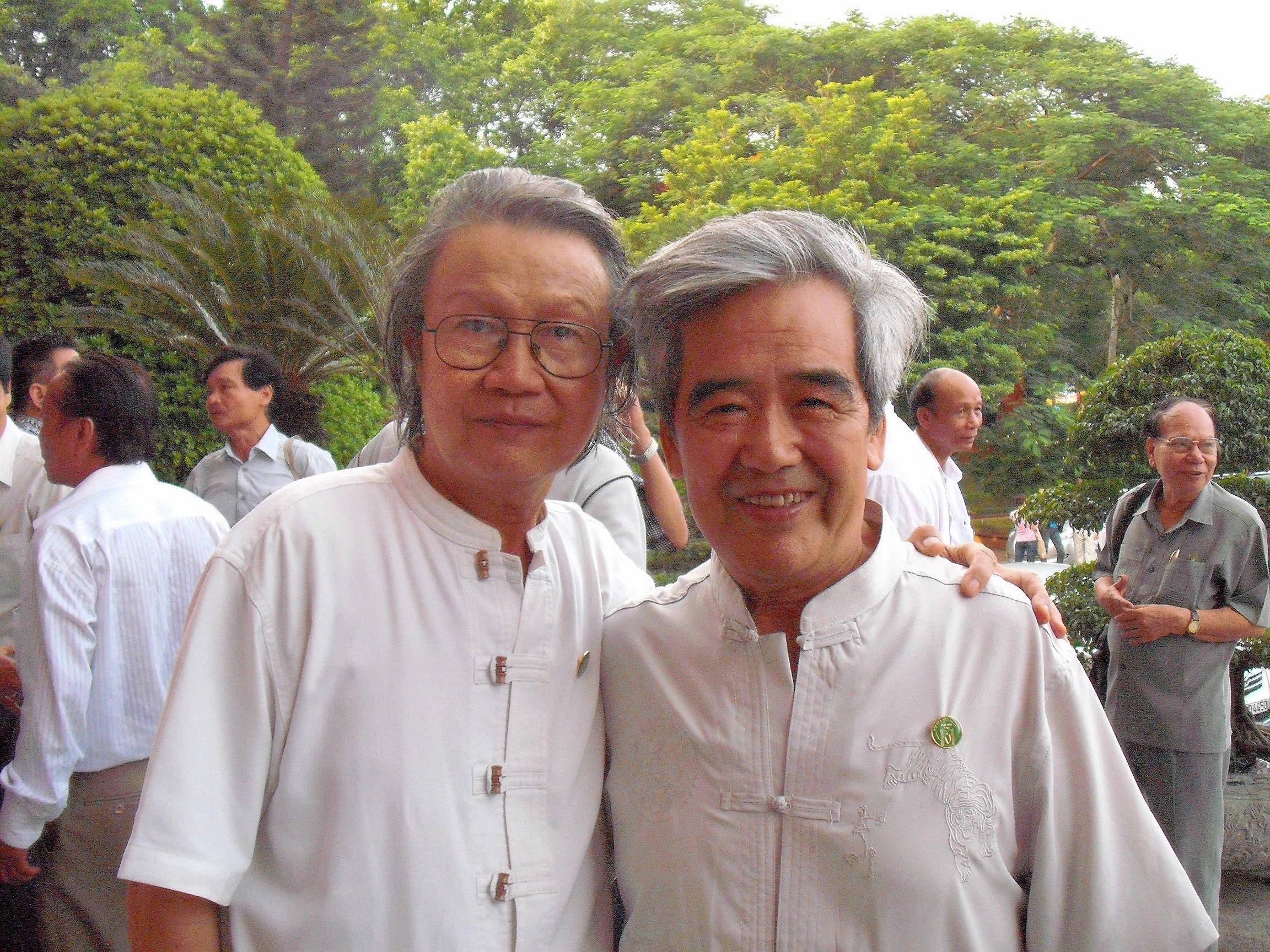 Cùng dịch giả Thúy Toàn, 2010