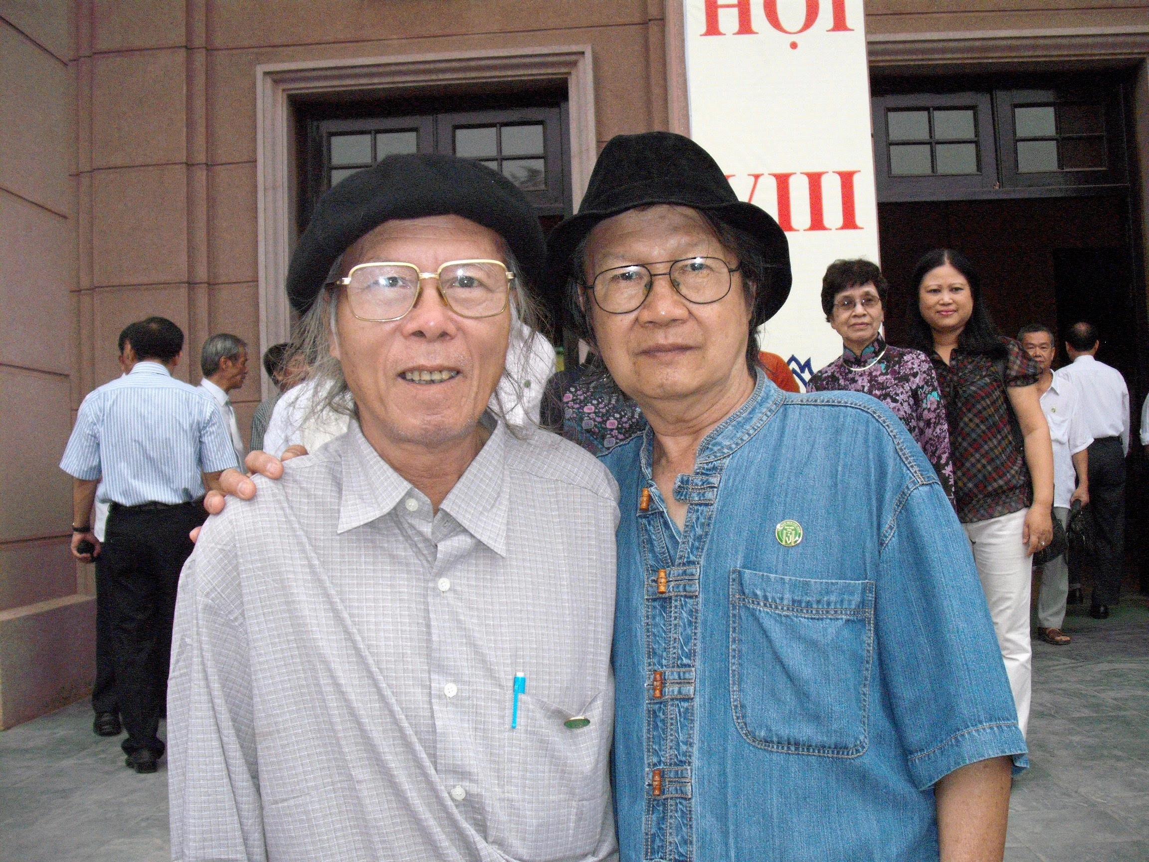 Cùng nhà thơ Thanh Tùng, 2010